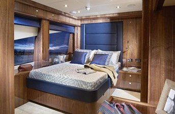 131 yacht 11 6533659_20171122063437460_1_LARGE