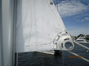 Cassiopeia 15 14_2781980_34_catalina_mainsail_clew