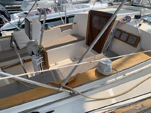 VALKYRIE 3 VALKYRIE 1985 ISLAND PACKET YACHTS 31 Cruising Sailboat Yacht MLS #273112 3