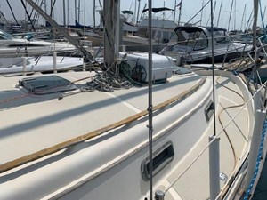 VALKYRIE 5 VALKYRIE 1985 ISLAND PACKET YACHTS 31 Cruising Sailboat Yacht MLS #273112 5