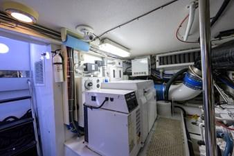 CHIEF 32 Engine Room