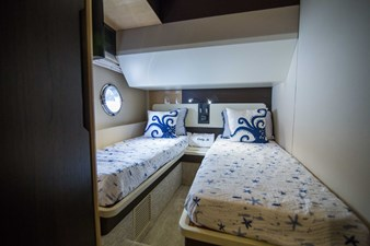 Lady M 28 Starboard Guest Stateroom