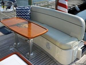 TRAVELER 28 Aft Lounge