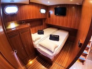 TRAVELER 20 Guest Cabin Convertible Double Berth