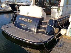 TRAVELER 32 Transom