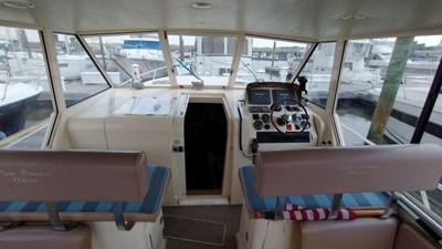 Adelita 3 1005 ADELITA Cockpit