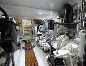 Running Tide 41 engine room 1