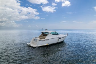 3 J'S 1 3 J'S 2007 TIARA  Motor Yacht Yacht MLS #273219 1