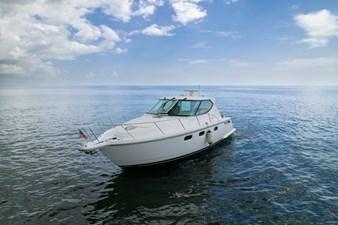 3 J'S 6 3 J'S 2007 TIARA  Motor Yacht Yacht MLS #273219 6
