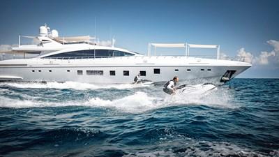 AAA 1 yachtLR