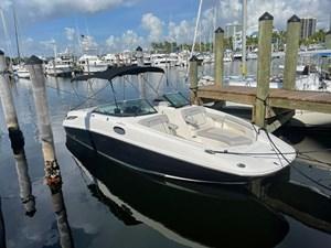 Sea Ray SunDeck 28 2008 3 Sea Ray SunDeck 28 2008 2013 SEA RAY  Motor Yacht Yacht MLS #273246 3