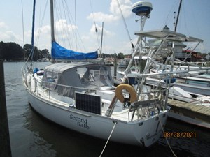 Second Sally 0 0_2782334_44_kelly_peterson_port_aft_profile