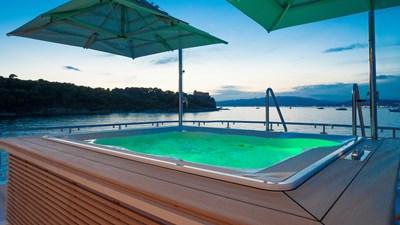 DYNA ® 5 yacht-dyna-r-201806-exterior-05