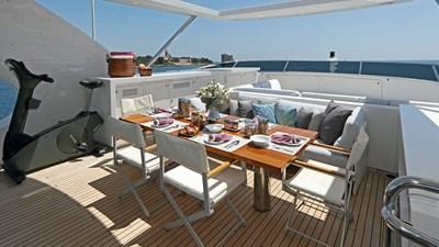 DYNA ® 37 yacht-dyna-r-201806-exterior-19