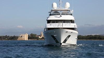 DYNA ® 95 yacht-dyna-r-201806-profile-08