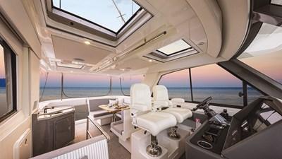 50 sports motor yacht  1 Riviera-50-Sports-Motor-Yacht-Flybridge-02