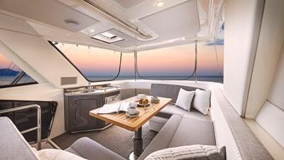 50 sports motor yacht  2 Riviera-50-Sports-Motor-Yacht-Flybridge-03
