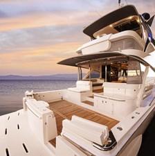 64 sports motor yacht 1 Riviera-64-Sports-Motor-Yacht-Cockpit-01