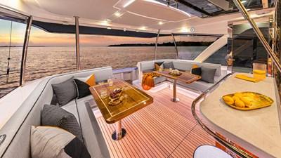 72 sports motor yacht  1 Riviera-72-Sports-Motor-Yacht-Edition-II-Alfresco-01