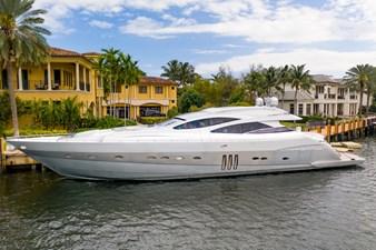 Pershing 90 2007  1 Pershing 90 2007  2007 PERSHING  Motor Yacht Yacht MLS #273270 1