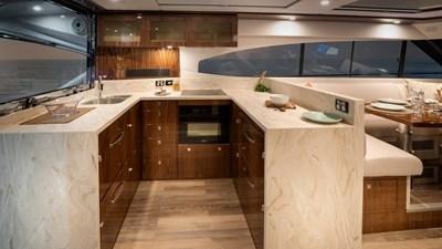 6000 sport yacht platinum 6 Riviera-6000-Sport-Yacht-Platinum-Edition-Galley-01