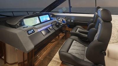 6000 sport yacht platinum 7 Riviera-6000-Sport-Yacht-Platinum-Edition-Helm-01