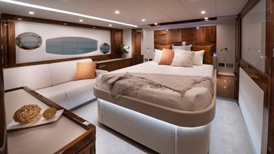 6000 sport yacht platinum 9 Riviera-6000-Sport-Yacht-Platinum-Edition-Master-Stateroom-01-Gloss-Walnut-Timber-Finish