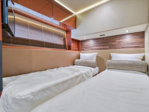 Phoencia 35 STB Stateroom