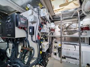 Phoencia 57 Engine Room 2