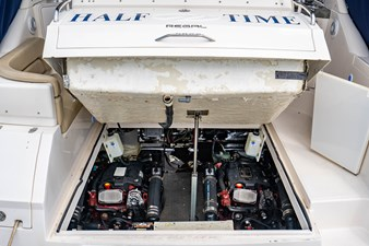 Half Time 7 Half Time 2005 REGAL 3860 Commodore Cruising Yacht Yacht MLS #273284 7