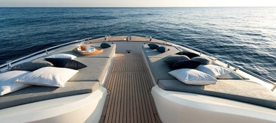 MCY65 24 Monte-Carlo-Yachts-MCY-65-Portuguese-Bow