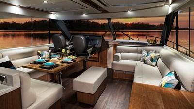 575 SUV 9 Riviera-575-SUV-Saloon