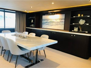 ATLAS 7 Yacht_for_sale_Atlas__Ocean_Pacifico_salon3