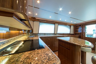 SEA N DOUBLE 8 Galley
