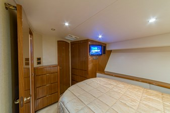 SEA N DOUBLE 16 Master Stateroom