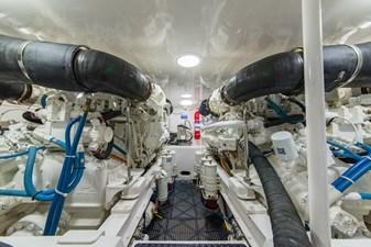 SEA N DOUBLE 37 Engine Room