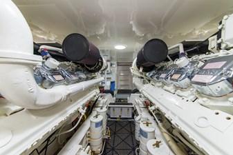 SEA N DOUBLE 42 Engine Room