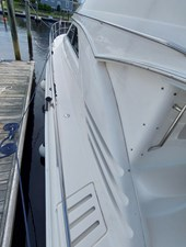 Foxsea Lady 10 1015 Sea Ray 400 Port Deck