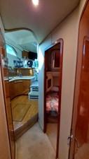 Foxsea Lady 33 1042 Sea Ray 400 Foyer Aft