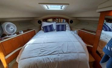Foxsea Lady 41 1055 Sea Ray 400 Master Cabin
