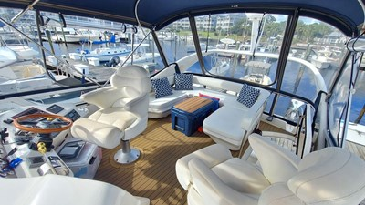 Foxsea Lady 50 1073 Sea Ray 400 Flybridge Aft