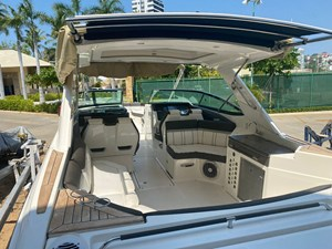 2017 Sea Ray 350 SLX @ Acapulco 3 2017 Sea Ray 350 SLX @ Acapulco 2017 SEA RAY 350 SLX Boats Yacht MLS #273308 3