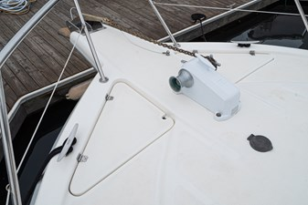 OTRA VEZ 36 Electric Windlass
