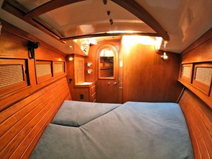 PERFECT PITCH 6 Forward Cabin, Looking Aft