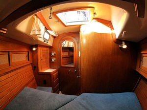 PERFECT PITCH 8 Fwd. Cabin, Overhead