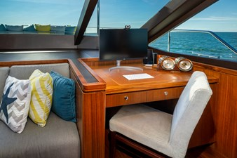 SEA N SEA 30 Sea N Sea- Forward Lounge   Office