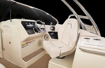 24 calypso 6 chris_craft_calypso_24_cockpit