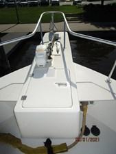 MoWhisky 9 8_2782602_43_mainship_anchor_windlass