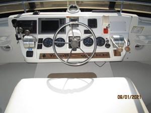 MoWhisky 20 19_2782602_43_mainship_flybridge_helm