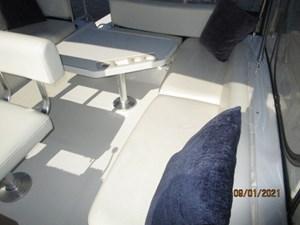 MoWhisky 22 21_2782602_43_mainship_flybridge_port_seating1